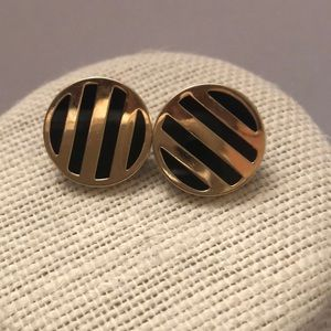 Vintage 10KT gold round earrings